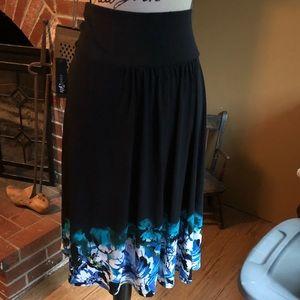 🤩East 5th skirt
